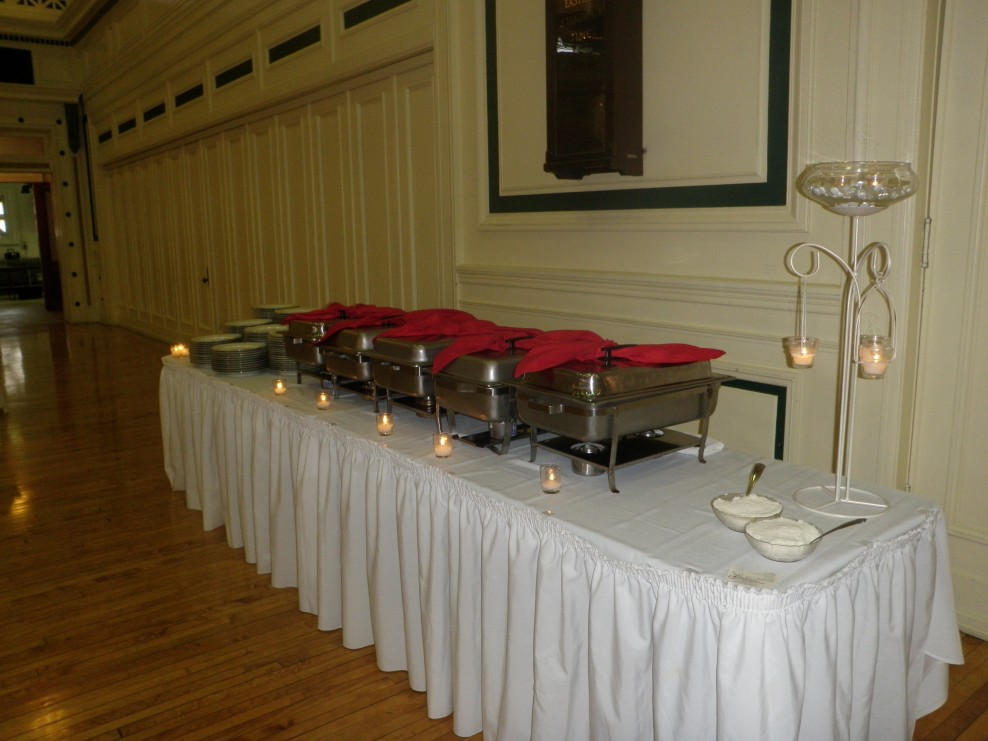Catering Buffet Table Setup Wedding Tips And Inspiration & Buffet Service Table Setting - Castrophotos